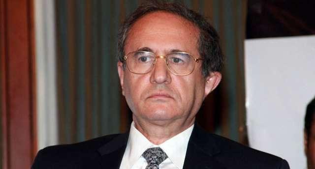 الدكتور أسامة غزالى حرب