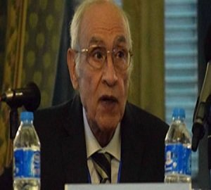 الأستاذ محسن عوض
