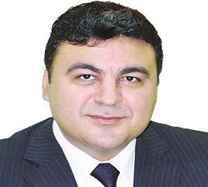 الدكتور ياسر عبد العزيز