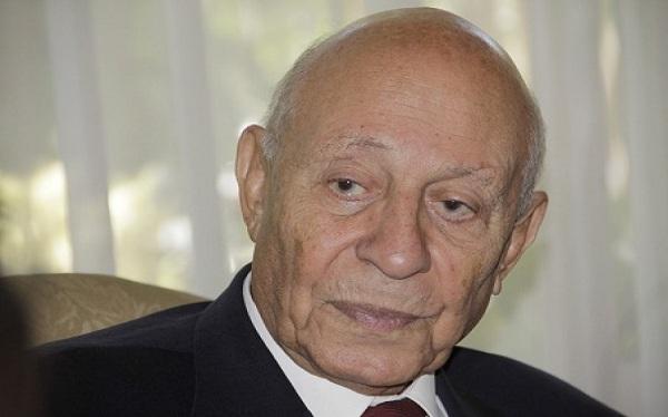 الأستاذ محمد فايق